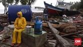 Tsunami Selat Sunda menerjang kawasan pesisir di Lampung dan Banten, 22 Desember 2018. Reruntuhan sisa tsunami di Desa Sumberjaya, Kecamatan Sumur, Pandeglang, Banten. (CNN Indonesia/ Hesti Rika)