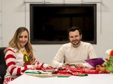 Bisnis Sweater Natal Aneh, Keluarga Ini Raup Rp 72 M Setahun