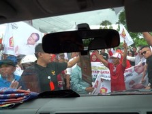 Dipaksa Turun dari Mobil, Massa Cegat Sandi Uno di Jeneponto