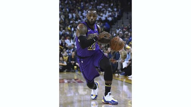 LeBron James menjadi forward andalan La Lakers musim ini setelah hengkang dari Cleveland Cavaliers. (Thearon W. Henderson/Getty Images/AFP)