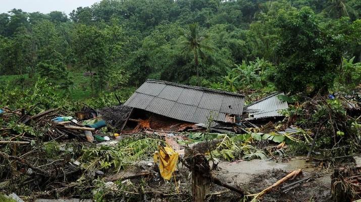 Sistem mitigasi bencana di Indonesia sangat minim. Amat sangat disayangkan, karena Indonesia termasuk yang rawan bencana.