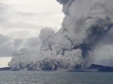 Gunung Anak Krakatau Erupsi Lagi, Tinggi Kolom Abu 1.610 M