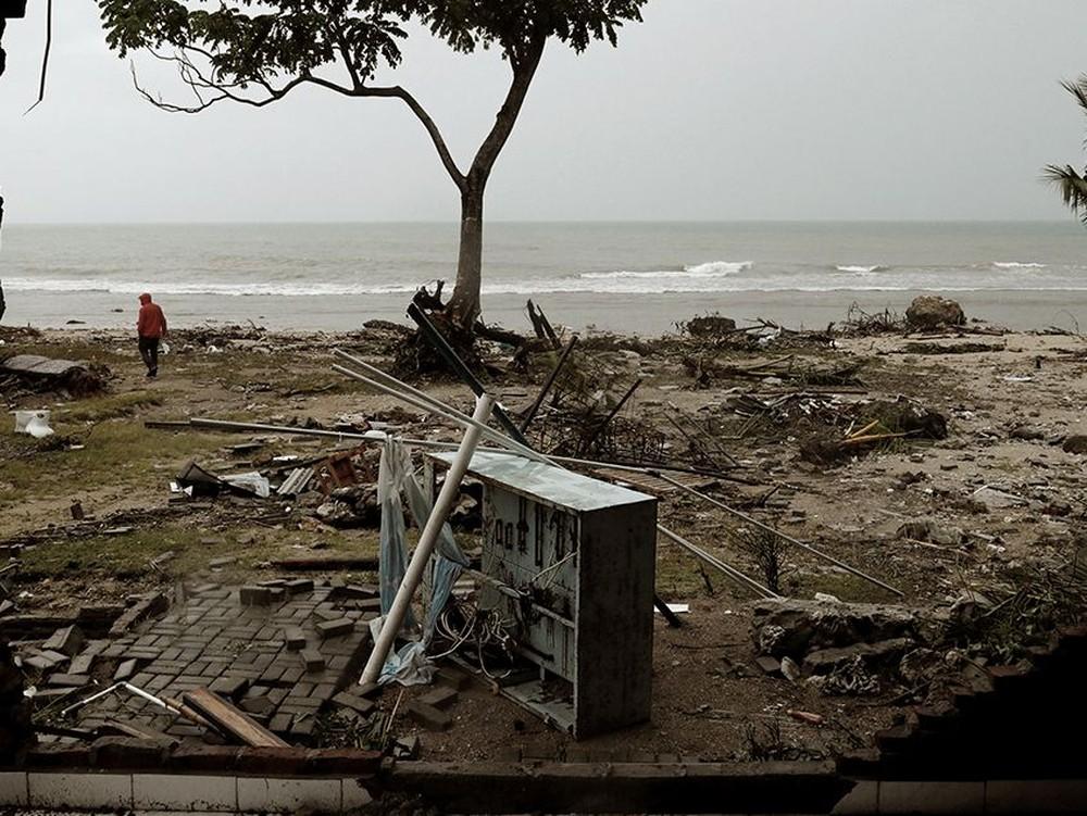 Indonesia Berduka, Tsunami Terjang Banten-Lampung