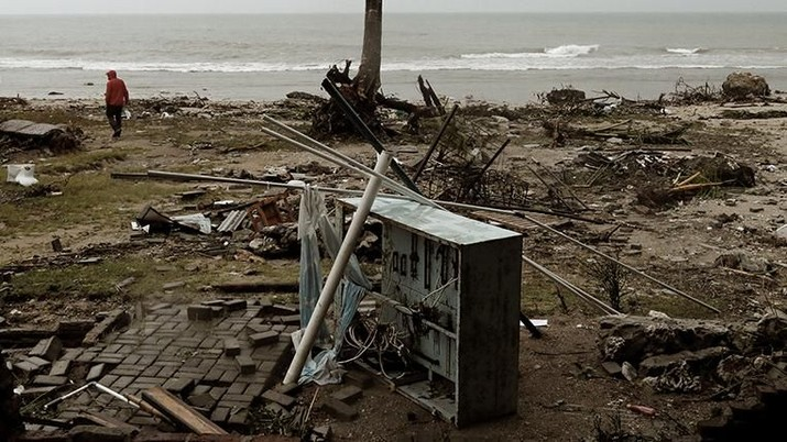 [DALAM] Tsunami
