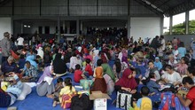 Rumah Hancur, Korban Banjir Sigi Bertahan di Pengungsian