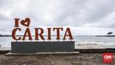 Penanganan pascagelombang tsunami terus dilakukan di pesisir Banten. Sejumlah infrastruktur rampung diperbaiki. Kondisi psikologi korban yang selamat pun terus 'dipulihkan' agar hidup tetap berjalan dan kawasan ini bangkit kembali. (CNNIndonesia/Safir Makki)