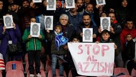 FOTO: Wajah Koulibaly Hiasi Markas Napoli Usai Insiden Rasial