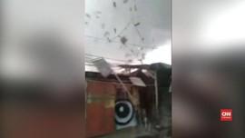 Angin Puting Beliung Landa Rancaekek, Atap Rumah Beterbangan