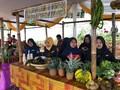 Pasar Puri Bambu Bojongkoneng Diserbu Pengunjung