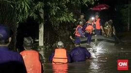 Banjir dan Tahun Baru yang 'Enggak Kerasa' di Pandeglang