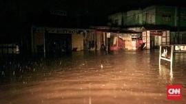 Banjir Pandeglang, Jembatan Penghubung Empat Desa Ambruk