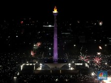 Monas Week Digelar, Lampu Hias & Laser Penuhi Langit Jakarta