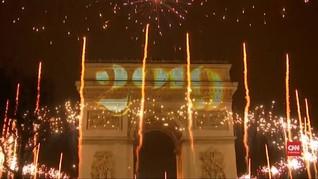 VIDEO: Malam Tahun Baru di Prancis Berlangsung Aman