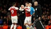 Unai Emery mendapat kritikan dari suporter Arsenal di Stadion Emirates setelah menarik keluar Alexandre Lacazette dan memasukkan Aaron Ramsey pada menit ke-75. (Reuters/John Sibley)