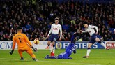 Di babak kedua Tottenham Hotspur memiliki sejumlah peluang, tapi Son Heung-min gagal memanfaatkannya menjadi gol. (Reuters/Matthew Childs)
