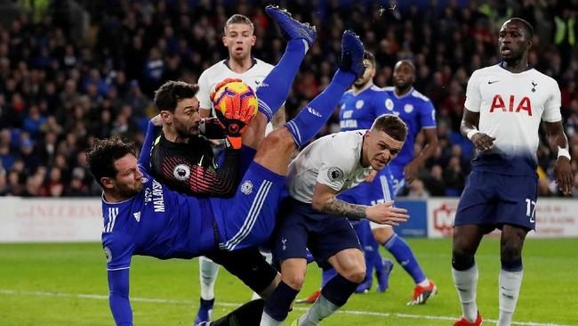 Cardiff City sebenarnya memiliki sejumlah peluang untuk mencetak gol, tapi penampilan gemilang kiper Hugo Lloris membuat Tottenham Hotspur meraih clean sheet. (Reuters/Matthew Childs)