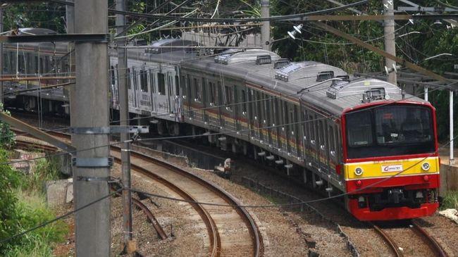 Netizen Protes Perbaikan Rel Ganggu Jadwal Kereta Api