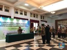 Kawal Pembentukan Bank BUMN Syariah, Jokowi Angkat 5 Pejabat
