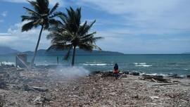 Cerita Bocah Lolos dari Timbunan Puing Bangunan Usai Tsunami