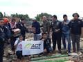 Loyalis Royal Enfield Beri Bantuan ke Banten dan Lampung