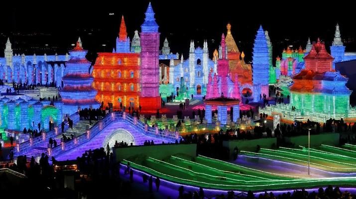 Seperti Film Frozen, Istana Indah Ini Dibuat dari Pahatan Es