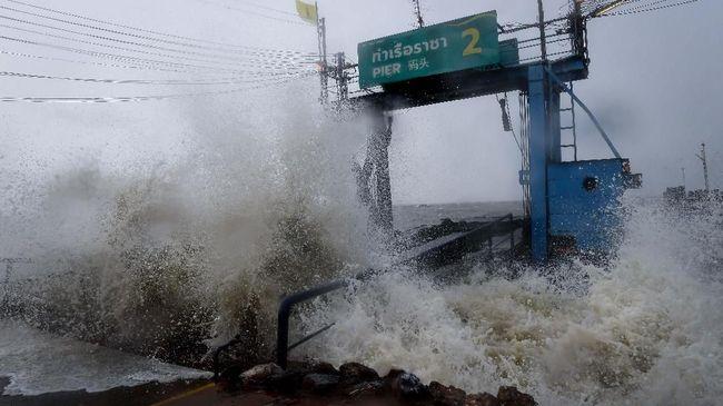Badai Tropis di Thailand Tewaskan 1 Orang