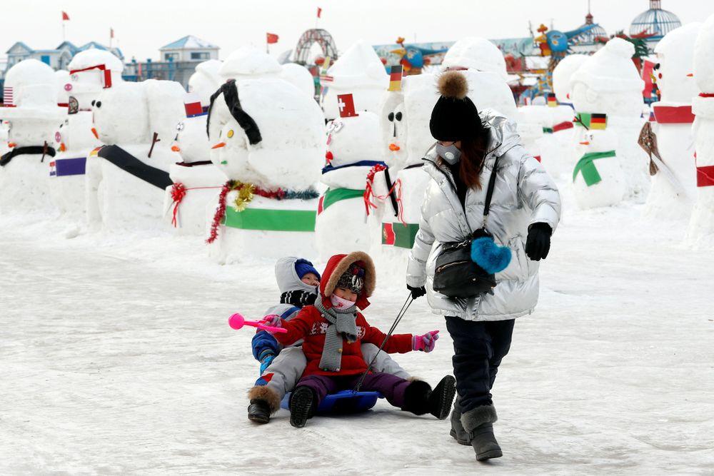 Di kota ini, saat winter tiba wilayah ini mendapat hembusan angin dingin dari Siberia, yang mengakibatkan suhunya menjadi super duper dingin, sampai -20 derajat Celsius. REUTERS/Tyrone Siu