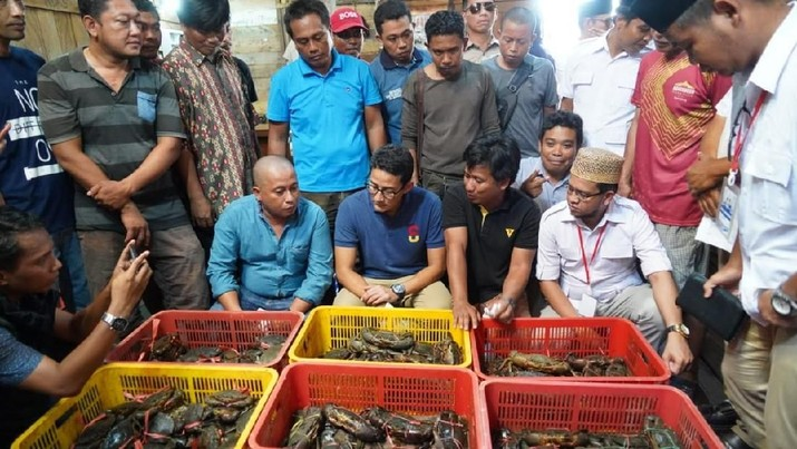 Di Tarakan, Nelayan Serbu Sandi Uno dengan Curhatan