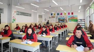 China Rayu Turki Lawan 'Kelompok Radikal' di Xinjiang