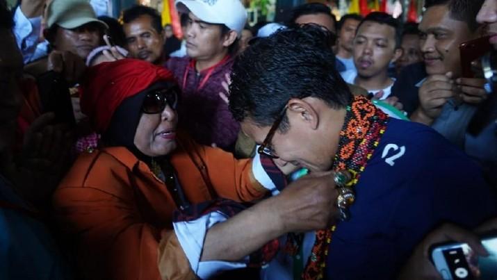 Keluhan harga yang tidak stabil didengar Sandiaga saat berkunjung ke Pasar Segiri, Kota Samarinda, Kalimantan Timur, hari ini.