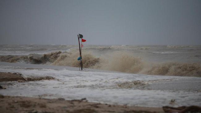 Badai Idai yang Menyerang Mozambik Lumpuhkan Kota Beira