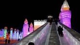 Festival musim dingin di Harbin merupakan yang terbesar di kawasan belahan bumi bagian utara. Festival ini telah digelar sejak tahun 1980-an. Tak cuma warga lokal, pengunjungnya juga banyak dari mancanegara.