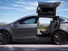Duh, Taksi Online Ini Sebut 55 Mobil Teslanya Rusak