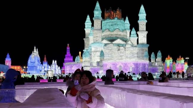 Tahun ini festival musim dingin Harbin digelar mulai dari 24 Desember 2018 sampai 28 Februari 2019.