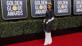Penyanyi Amerika Janelle Monae seolah ingin tampil seperti puteri Mesir kuno dengan koleksi Chanel. Sayangnya ini tak berhasil dengan baik di momen Golden Globe Awards 2019. (REUTERS/Mike Blake)