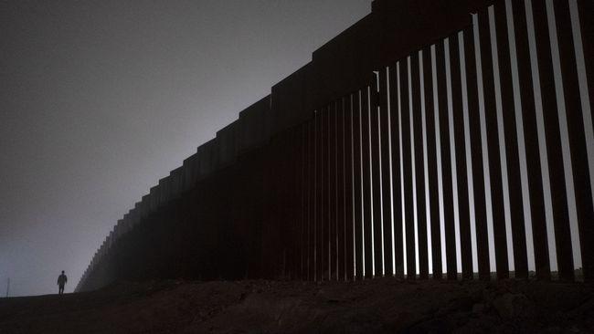 Ngabalin Stroke: Mencari Pintu Keluar Jalan Buntu Penutupan Pemerintahan AS