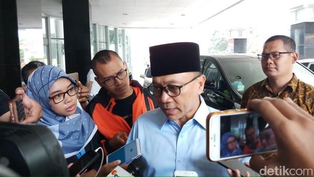 Potret Sandi, Maruf, Jokowi, dan Sederet Tokoh Jenguk Ustaz Arifin Ilham