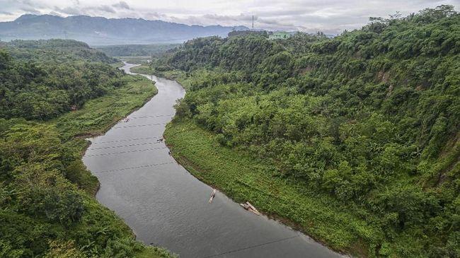 Ridwan Kamil Ingin Bangun Jembatan Romantis di Sungai Citarum