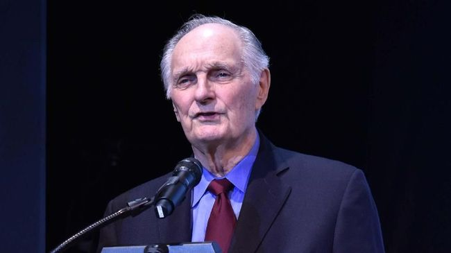 Aktor Alan Alda Terima Lifetime Achievement di SAG Awards