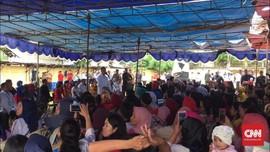'Sentilan' Jokowi saat Kunjungi Nasabah Pinjaman Mekaar