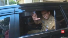 VIDEO: Pemeriksaan Bawaslu atas Pose Dua Jari Anies