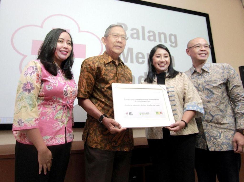 Sebagai wujud kepedulian, Herbalife Nutrition Indonesia melalui Herbalife Nutrition Foundation (HNF) bekerjasama dengan PMI turut berpartisipasi dalam penanganan dan pemulihan pasca bencana di Indonesia. Istimewa.