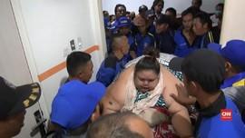 VIDEO: Titi Wati, Penderita Obesitas Ekstrem Dirawat Medis