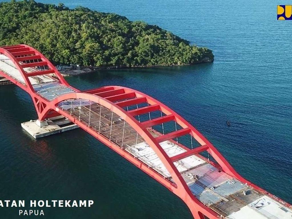 Jembatan Holtekamp di Papua. Lainnya ada juga Jembatan Samota di NTB, Jalan Akses Pelabuhan Trisakti di Kalsel, dan Jalan Batuaji - Kuaro di Kaltim. Foto: Dok. Kementerian PUPR