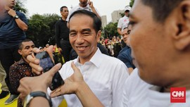 Kiat Jokowi Agar Usaha Ibu-ibu Nasabah Mekaar 'Naik Kelas'