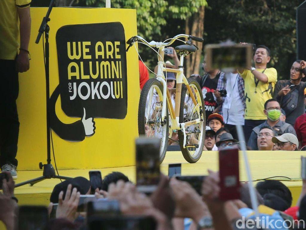 Sepeda yang digunakan Jokowi merupakan sepeda buatan anak bangsa.