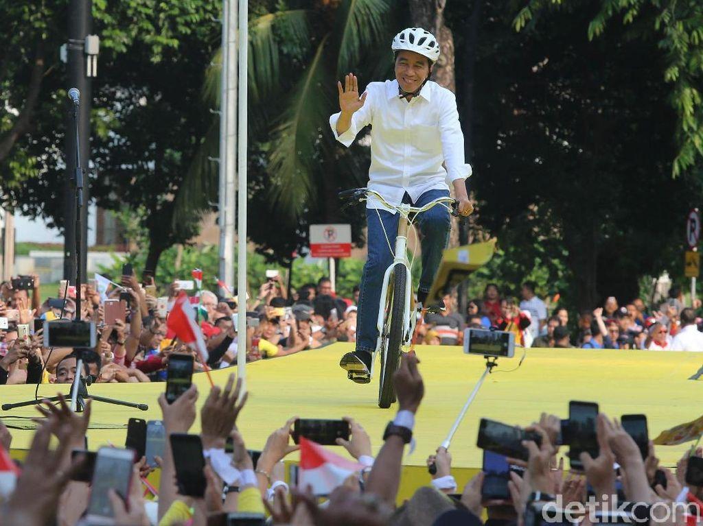 Jokowi tiba di plaza tenggara GBK Senayan, Jakarta, Sabtu (12/1/2019) pukul 16.00 WIB.