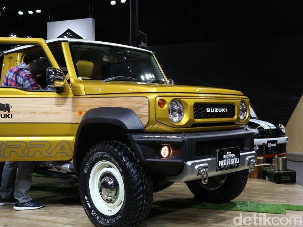 Ada dua pilihan mesin yang ditawarkan Suzuki untuk Jimny. Untuk Jimny kategori mobil kecil maka mesinnya R06A turbo berkapasitas 660cc, dan versi mobil kompak mesinnya K15B 1.5L yang baru dikembangkan sehingga lebih bertenaga dan dapat diandalkan. Foto: Dina Rayanti/detikOto