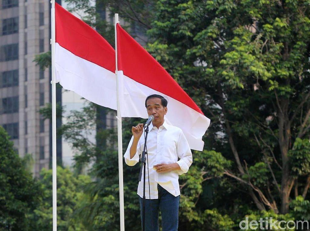 Jokowi mengatakan, negara harus membangun optimisme. Jokowi jengkel dengan narasi pesimisme.