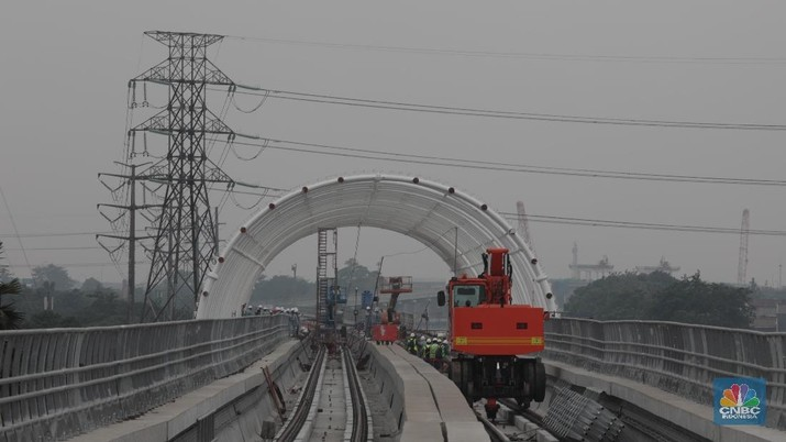 LRT Jabodetabek ditargetkan diujicoba pada Oktober 2019, sudah telat dari target.